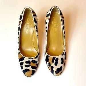 Valentino Garavani calf hair leopard print
